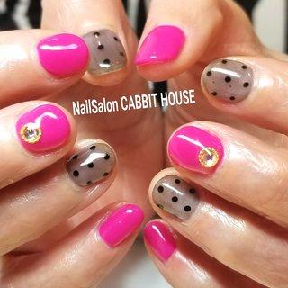 #パーティー #デート #女子会 #ハンド #シースルー #ドット #ショート #ピンク #ブラック #ジェル #mika ♡ NailSalon CABBIT HOUSE #ネイルブック