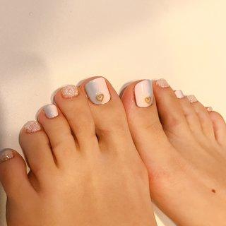 #オールシーズン #フット #グラデーション #ハート #ピンク #水色 #ジェル #お客様 #couleur nail クルールネイル #ネイルブック