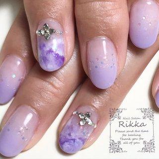新しい、お花のパーツ入荷しました♡ . . ⚫︎爪が薄い ⚫︎爪が割れやすい ⚫︎爪を傷めずネイルをしたい ⚫︎ジェルネイルを続けて爪が薄くなった ⚫︎ジェルネイルの持ちが悪くなった ⚫︎爪を噛んでしまう ⚫︎品の良いネイルがしたい ⚫︎持ちの良いネイルがしたい そんな方はぜひ、Nail Salon Rikkaにおまかせください♡ . Nail Salon Rikka  0280-32-1402 . . #nail#calgel#gelnail#古河市ネイルサロン#境町ネイルサロン#野木町ネイルサロン#加須市ネイルサロン#ネイル#ネイルサロン#ネイルアート#カルジェル#ジェルネイル#オフィスネイル#jna認定ネイルサロン#茨城県古河市#手の病院サロン#手の病院サロン認定サロン#奇跡のハンドトリートメント#SOSOハンドエッセンス#手のスペシャリスト#手の病院サロン導入セミナー#セミナー情報#冬ネイル#ミラーネイル#3Dネイルアート#apres#東京#名古屋#群馬#ルビケイト導入サロン #春 #オールシーズン #オフィス #女子会 #ハンド #シンプル #ラメ #グラデーション #フラワー #タイダイ #クリア #パープル #シルバー #ジェル #お客様 #NailSalon_Rikka #ネイルブック