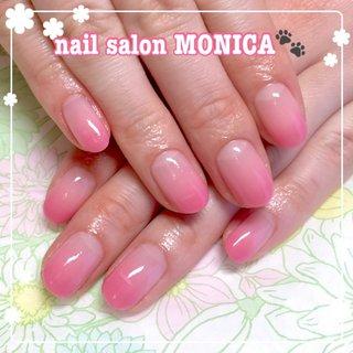 ピンクのカラーグラデーションネイル😻 #カラーグラデーション #オールシーズン #ハンド #ピンク #nail salon MONICA 🐾 #ネイルブック
