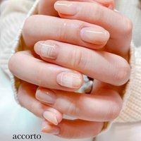 春のカラーでチェックネイル♡ #春 #ハンド #グラデーション #チェック #ミディアム #ホワイト #ベージュ #ピンク #ジェル #お客様 #accorto #ネイルブック