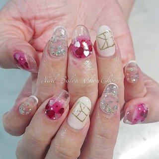 短いお爪でもスカルプで長さを足してみちがえります✨ #バレンタイン #ライブ #デート #女子会 #ハンド #グラデーション #ホログラム #ラメ #ビジュー #ハート #ロング #ホワイト #クリア #ピンク #スカルプチュア #お客様 #yuki #ネイルブック
