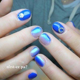 すごく綺麗なロイヤルブルー✨  オーロラパウダーで本当のオーロラみたい😍  ご予約、お問い合わせはLINE🆔→nsp0521  ネイルブックからもご予約頂けます。プロフィールをご覧下さい😊  #nail #nails #naildesign #nailsalon #jelnail #japan #instanail #fashion #nailart #winternails #springnails #ネイル #ネイリスト #ネイルデザイン #ネイルサロン #ジェルネイル #冬ネイル #春ネイル #ネセパネイル #さいたま市ネイルサロン #東浦和ネイルサロン #maogel導入サロン埼玉 #マオジェル導入サロン埼玉 #さいたま市ネイルスクール #セルフネイル向けスクール #冬 #オールシーズン #ハンド #グラデーション #オーロラ #ショート #ブルー #パープル #ジェル #お客様 #ネセパネイル salon&school #ネイルブック