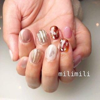 . 短いお爪でもかわいーいネイル♡ . . .  #nails#winternails#onecolornails#simplenails#officenails#pinknails#glitternails#shortnails#ネイル#大人ネイル#大人可愛いネイル#上品ネイル#可愛いネイル#シンプルネイル#冬ネイル#ウインターネイル#ワンカラーネイル#オフィスネイル#ショートネイル#大理石ネイル#べっ甲ネイル#鹿児島#鹿屋#都城#日南#串間#志布志#志布志ネイル#志布志脱毛#milimili #秋 #冬 #オールシーズン #バレンタイン #ハンド #べっ甲 #ミラー #ショート #ピンク #ブラウン #ジェル #milimili #ネイルブック