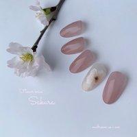 🌸SAKURA🌸 . . Flower series . . 春のお花と言えばやはり桜です! 卒業、入学シーズンに合うようにsampleをご用意いたしました♪ . 沢山子育て頑張ってきたご自身へのご褒美にしてあげてはいかがでしょうか☺️💗 . #ネイル #春 #春ネイル #春カラー #花 #花柄 #フラワー #さくら #さくらネイル #ピンク #デート #ラメ #SAKURA #フラワーネイル #大人可愛い #女子会 #女子力 #お花 #flower #cute #newnail #手描き #ふんわり#春ネイル2020 #寝屋川#nailroom_asiam #🌸 #春 #卒業式 #入学式 #デート #ハンド #シンプル #ワンカラー #フラワー #ホワイト #ピンク #イエロー #ジェル #nailroom as i am #ネイルブック