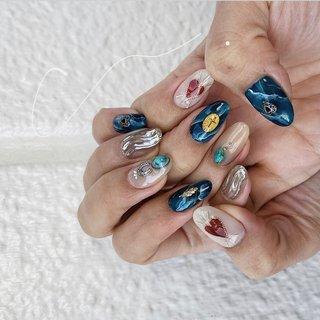 #mirrornails / #nails #instagram☞@mnkaori #オールシーズン #旅行 #リゾート #ライブ #ハンド #アンティーク #大理石 #ニュアンス #ミラー #ミディアム #ターコイズ #ネイビー #シルバー #ジェル #お客様 #CORAL #ネイルブック