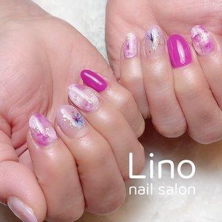 春カラーネイル💅🏻  #ピンク#グラデーション#フラワー #春 #ハンド #グラデーション #フラワー #ニュアンス #ショート #ホワイト #ピンク #ジェル #お客様 #Lino #ネイルブック