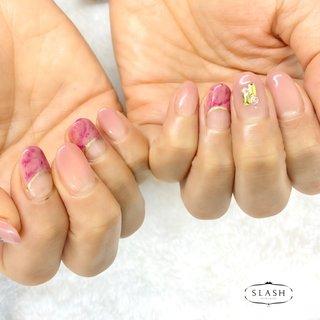 くすみピンクグラデーション✨ ニュアンスアートも明るめカラーで女性らしいです♪  #グラデーション#グラデーションネイル#ニュアンス#ニュアンスネイル#シンプル#シンプルネイル #春 #オールシーズン #ハンド #グラデーション #ニュアンス #ショート #ピンク #ボルドー #ジェル #お客様 #slash_nail.tsukiyama #ネイルブック