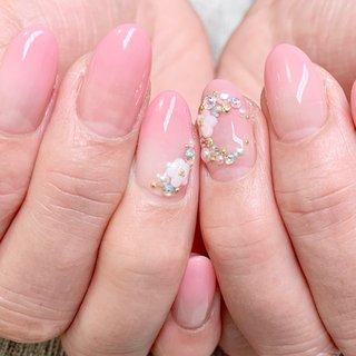 #はるネイル #さくらネイル #ピンク #ちゅるんネイル #春 #ブライダル #パーティー #デート #ハンド #グラデーション #salita #ネイルブック