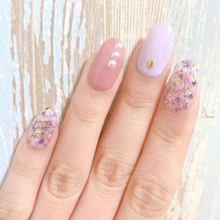 ドライフラワーたっぷり✿ いまは爪が短いのですべてチップです。 結婚式のお呼ばれ用ネイル。  #ピンク#春ネイル#ドライフラワー#ネイルチップ#結婚式ネイル# #春 #オールシーズン #パーティー #ハンド #パール #押し花 #クリア #ピンク #パステル #ジェル #rui n #ネイルブック