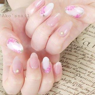 春らしい、ピンクのドライフラワーネイル #春 #ハンド #押し花 #ショート #ピンク #パステル #ジェル #お客様 #Ako'snail #ネイルブック