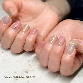 #ハンド #シンプル #ホログラム #ショート #ピンク #グレージュ #ジェル #private nail salon GRACE #ネイルブック