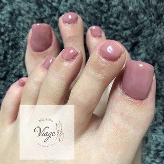 #フットネイル #ピンクベージュ  で春らしく🌸 #フット #ミディアム #ピンク #ジェル #お客様 #nail salon viage(ヴィアージュ) #ネイルブック