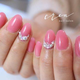 ちゅるるんピンク💓 ピンクとキラキラは最強ですね😋 . .  maogel . . ✩✩————————————————————— 地爪の健康を第一に考え とことんお客様の爪と向き合います! . フォルムの美しさにとことんこだわった 丁寧な施術と、高い技術が人気のサロン◡̈*♡ ワンランク上の完成度を求める方に、選ばれています —————————————————————✩✩ . . [場所]長野県上田市中央6-16-5 落ち着いたオシャレな大人の空間です✩.*˚ . ▽▼▽▼▽▼▽▼▽▼▽▼▽▼▽▼▽▼▽ \ ネイルサロン クレアが選ばれる理由 / . ☑︎ 丁寧なケアで4週間以上のモチの良さ ☑︎ 引っかかり!浮きなし!ストレスフリー ☑︎ 特殊技法による仕上がりの美フォルム ☑︎ お爪が伸びても続く艶と綺麗なネイル ︎︎︎︎︎︎︎︎︎☑︎爪と皮膚に優しいアセトン不使用のオフ ☑︎本部認定講師による高技術な施術 ︎︎︎︎☑︎美しいケアとフォルムに自信あり . . 〔ご予約・お問い合わせ〕 ☛ LINE ID / @nailcrea(@含む) ✉︎ nailcrea313@gmail.com DM 又は【メール】からも可能です。 24hいつでも受付中!お気軽にお問い合わせ下さい。 .  料金やメニューはネイルブックで詳しくご紹介しています◡̈*♡ ▶︎セミナー申込はインスタのプロフィールURLからアクセス可 ✩.*˚┈┈┈┈┈┈┈┈┈┈┈┈┈┈┈✩.*˚ ▫️開催セミナー 《ちえᵃⁿᵈちあき》 2月14日 大阪コラボ1dayセミナー 3月23日 東京コラボセミナー 3月24日 東京コラボ1dayセミナー . 《深谷純子先生コラボ》 名古屋マニキュレーション 3月4日 ①② 3月19日 ③④ 5月21日 ⑤⑥ 6月12日 ⑦⑧ . 《ココイスト》 ❮上田開催❯ 3月5日18時~ベーシック 3月25日18時~スカルプチュア 4月3日18時~グラデーション 5月7日15時~デザイン 5月25日9時~チップオーバーレイ 5月25日13時~フィルイン1st . ❮東京開催❯ 3月30日 東京 グラデーション、フィルイン1st 4月9日 東京 スカルプ、チップオーバーレイ . 《大阪マニキュレーション》 5月20日 ①② 6月11日 ③④ 7月1日 ⑤⑥ 7月22日 ⑦⑧ . 《セルフ限定1dayセミナー》 3月1日 東京 6月13日 名古屋 7月2日 大阪 ✩.*˚┈┈┈┈┈┈┈┈┈┈┈┈┈┈┈✩.*˚ #マオジェル導入サロン長野 #マオジェル #maogel #セミナー開催 #マオボールができるサロン #本部認定講師 #本部認定講師小川智恵 #マオジェル大好き #フィルイン #フィルインセミナー開催 #マニキュレーションシステムで習えます #オフィスネイルが得意なサロン #ブライダルネイルが得意なサロン #シンプルネイル #ネイルケアに自信あり#スマートレーサ導入サロン #春 #オールシーズン #オフィス #ブライダル #シンプル #ワンカラー #ビジュー #ピンク #crea小川智恵 #ネイルブック