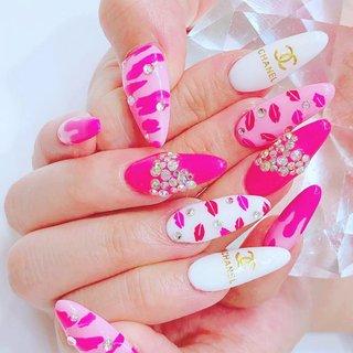 #Repost @kobarenasabuaka with @make_repost ・・・ 過去にやったネイルもなかなか可愛いでしょ?💖 ・ これは渋谷でやったよ〜😊 @nailsgogo ・ ・ ・ ・ ・ #newnail #nail #pink #pinknails #followme #followforfollowback #follow4followback #渋谷#ネイル#可愛い#ピンク #nailsgogo #NAILSGOGO shibuya nailsalon #ネイルブック