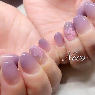 #春 #ハンド #グラデーション #フラワー #ピンク #パープル #ジェル #お客様 #nail salon Neco #ネイルブック