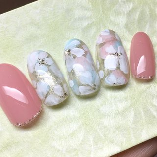 #春 #ハンド #シンプル #フラワー #ホワイト #ピンク #ジェル #ネイルチップ #im.bamboo_nail #ネイルブック