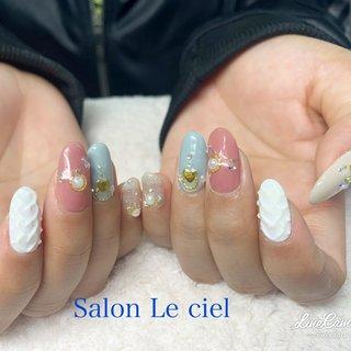 #冬 #オールシーズン #ハンド #ニット #ミディアム #ホワイト #ピンク #水色 #Salon_Le_ciel #ネイルブック
