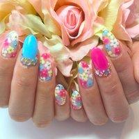 カラフルな手書きのお花がとっても可愛いネイルです(*^^*) #春 #夏 #秋 #冬 #成人式 #バレンタイン #卒業式 #入学式 #海 #リゾート #ハロウィン #クリスマス #ブライダル #パーティー #デート #ハンド #ワンカラー #フラワー #ショート #ミディアム #ロング #ホワイト #ピンク #オレンジ #イエロー #グリーン #ブルー #パープル #パステル #カラフル #ビビッド #ジェル #お客様 #LaniNails #ネイルブック
