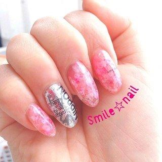 大田原定額ネイルサロン Smile☆nailのyukariです(*^^*) 春が待ち遠しくて、右手を桜ネイルにチェンジしました🌸 大好きな蜷川実花さんの、桜の作品集をイメージして作りました♪ ギラギラと合わせて、強めな桜ネイルw タイトルは エモ桜ネイル(強め) ですw  ニナミカネイルでニナミカ作品を鑑賞🎬 幸せ〜❤️ ☆,。・:*:・゚'☆,。・:*:・゚'☆,。・:*:・゚' ご予約は#ネイルブック 又は プロフィールのURLから☆ 是非【Nail book】アプリをご利用下さい❤️ ☆,。・:*:・゚'☆,。・:*:・゚'☆,。・:*:・゚' ラクマでピアス ミンネでネイルチップを販売してます ٩( ᐛ )و  ネイルチップ→ミンネ https://minne.com/5116ykr (スマイルネイルで検索‼︎) ピアス→ラクマ https://fril.jp/shop/Smile_bijou (スマイルビジュー ネイリストで検索‼︎) ☆,。・:*:・゚'☆,。・:*:・゚'☆,。・:*:・゚' #smilenail #スマイルネイル #大田原市ネイルサロン #大田原市ネイル #大田原ネイルサロン #大田原ネイル #大田原定額ネイル #那須塩原ネイル #那須塩原ネイルサロン #ネイルサロン #西那須野ネイルサロン #お洒落ネイル #個性派ネイル #派手カワネイル #オーダーチップ #nailpicbeaut #美爪 #ミンネ #minne #nailbook #ネイリスト仲間募集 #ネイル好きな人と繋がりたい #桜ネイル #春ネイル #強めネイル #エモネイル #ニナミカネイル #フォロワーズ #followers #春 #パーティー #デート #女子会 #ハンド #ラメ #フラワー #ニュアンス #ロング #ホワイト #ピンク #シルバー #ジェル #セルフネイル #Smile☆nail #ネイルブック
