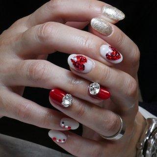バレンタインネイル♡  _________________________ プライベートネイルサロン#Lotuskuku 下板橋駅から徒歩2分 ・ 【料金のご確認はハッシュタグ⇨ロータスクク料金表】 _________________________ #nails#nailarts#gelnails#nailsalon#nailstagram#beauty#nailaddict#nailswag#instanails#naildesigns#ネイルアート#シンプルネイル#大人ネイル#ネイルデザイン#ネイルケア#ジェルネイル#ネイルサロン#ロータスクク#ネイル#自宅サロン#板橋ネイル#板橋区ネイルサロン#板橋ネイルサロン#美甲#オフのみOK #バレンタイン #ハンド #スイーツ #ミディアム #ジェル #Nana Nomiyama #ネイルブック