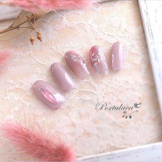 ニュアンスネイル♡   #ニュアンスネイル  #くすみピンク  #ダスティピンク   大きめピンクオパールのストーンが可愛いくって使いました☺︎  いつもありがとうございます♡ #ニュアンス #ピンク #グレー #Portulaca #ネイルブック