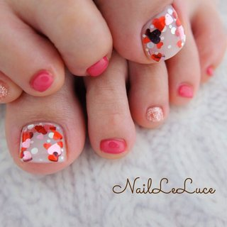 . .✩.*˚┴─┴┴─┴┴─┴┴─ . お手元にはもってこれない色や デザインはこれからの季節は ぜひフットに♡ . ┴─┴┴─┴┴─┴┴─┴✩.*˚ . . . . . #nailsaddict #nailsnailsnails #coolnailart #frenchnails #simplenails #beautyas #ikebukuro #privetesalon #nailleluce #footnailart #loveheartnails  #シンプルネイル #スタイリッシュネイル #シンプルなネイルが好き #シンプルだけどスタイリッシュ #池袋南口 #プライベートサロン #オトナ女子ネイル #気分が上がるネイル  #足元のネイル1つでモチベーション上がる #自分を上げるネイル #フットケアは大人の身だしなみ  #フットは2ヶ月くらい持ちます  #自分を愛でる時間 #春 #夏 #バレンタイン #フット #ホログラム #ペディキュア #お客様 #hiramiu•*¨*☆*・゚〖NailLeLuce〗 #ネイルブック