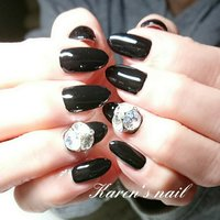 #ブラック #ワンカラー #ビジュー #karen's nail rierin #ネイルブック