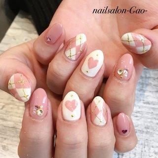 #春 #冬 #オールシーズン #バレンタイン #ハンド #ハート #アーガイル #ホワイト #ピンク #nail salon-gao- #ネイルブック