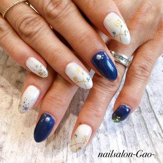 #冬 #オールシーズン #クリスマス #ハンド #雪の結晶 #ホワイト #ネイビー #nail salon-gao- #ネイルブック