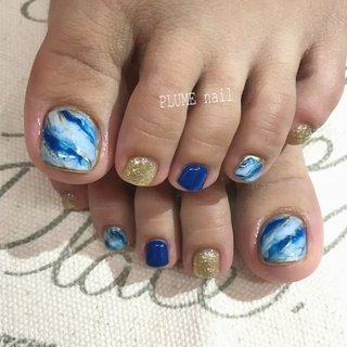 #春 #夏 #フット #ラメ #大理石 #マーブル #ホワイト #ブルー #ゴールド #ジェル #お客様 #PLUME nail〈プリュムネイル〉 #ネイルブック