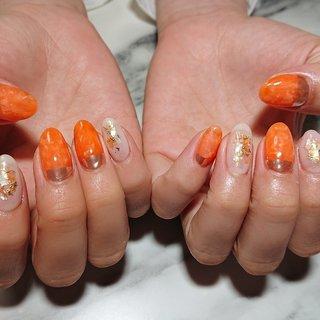 #オレンジネイル #ミラーネイル #ニュアンスネイル #シェル #春 #夏 #海 #リゾート #ベージュ #オレンジ #nail_lotus (Tokyo,Chofu) #ネイルブック