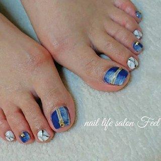デニムと大理石風アート👣✨✨✨✨ #福井ネイル #福井ネイルサロン #ネイル福井 #ジェルネイル #フットネイル #フットジェル #ペディキュア #デニムネイル #大理石ネイル #gelnails #footnails #footgel #pedicure #denimnails #marblenails #naildesign #naillifesalonfeel #nails #春 #夏 #スポーツ #フット #大理石 #チェーン #デニム #ショート #ホワイト #ネイビー #ペディキュア #お客様 #nailsalon_feel #ネイルブック