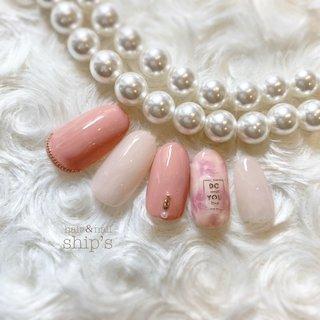 サンプル♡  先日セミナーで教えていただいたアート ライラック こちらはまだピンクのみ  カラーバリエーション考えます  #ジェルネイル #シンプルネイル #ライラック#ジェル #オフィス #春 #入学式 #オフィス #シンプル #ワンカラー #フラワー #ピンク #ジェル #ネイルチップ #ship's♡ #ネイルブック