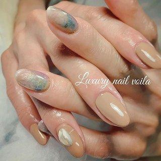 """. . """"Nuance spring """" . 大人なニュアンス系が大好きなお客様におススメな春デザインだよー🌸 . The!じゃないところが、めっちゃオシャレなんだよー🤩👌🏻 . デザイン迷子のお客様は、ご提案させていただきますので、安心してお任せくださいね💕💕💕💕 . . #luxurynailvoila  #makihorita #koiwa #nailsalon  #nuancenail  #beigenails  #fashion  #beauty #nail #nails  #nailstagram  #instanails  #springnails  #春ニュアンスネイル  #春大人ネイル  #オシャレネイル #ファッションネイル #ベージュネイル  #ニュアンスネイル  #春ネイル #ラグジュアリーネイルヴォアラ #小岩ネイルサロン  #江戸川区ネイルサロン  #プライベートネイルサロン #美甲  #美甲設計  #네일  #네일아트 #젤네일 #指彩 #Nailist maki #ネイルブック"""
