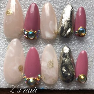 #春ネイル2020 #ジェルネイル #シンプル #春 #ホワイト #ベージュ #ピンク #Z's nail #ネイルブック