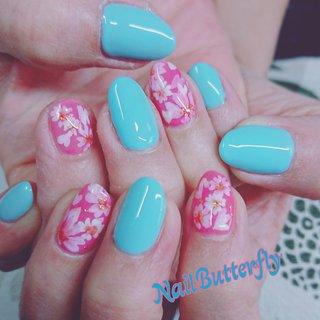 奥行き感のある桜 #春 #卒業式 #入学式 #デート #ワンカラー #フラワー #和 #ピンク #水色 #ネイルモデル #Nail Butterfly_Kayoko #ネイルブック