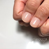 2度目のご来店です✧ 3週間でピンクの部分のお爪がギュイ〜ン☆  何より爪先の白い部分は ほとんど伸びてないのが凄い‼︎  小指の剥離も良くなりました(*´꒳`*)  お仕事柄ネイルNGではありますが ナチュラルカラーで こっそりオサレして⁎⁺˳✧༚  #自爪育成サロン #マリーゴールド瀬田 #滋賀県瀬田駅徒歩5分 #見せたくなる爪へ #深爪育成 #フィルイン #爪を傷ませません #ネイルケア得意 #マスター美爪クリエイターマリー #美容美甲 #感謝 #マオジェル #マリー #ネイルブック