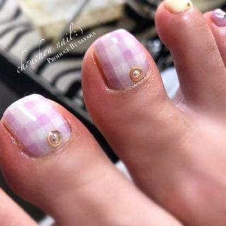 ・ ・ リピーターのお客様U様♥ いつもお世話になっております❁⃘ ・ ☑︎Color #yellow#white#pink#purple ・ ・ 🗣「今日もお任せでお願いします」 ・ いつもお任せのお客様。 今回はキュートなチェックを♥ 春らしいネイルに⸜🌷︎⸝ ・ ・ また宜しくお願い致します♥ ・ #うる艶ネイル#チェックネイル#春ネイル#nails#nailstagram#nail#instalike#instanails#gelnails#美指#美#ジェルネイル#ネイル#デザインネイル#お花ネイル#springnails#フットネイル#ニュアンスネイル #ネイルブック#nailbook#ピンクネイル#ちゅるんネイル - chouchou nail :) シュシュネイル ・ 完全予約制でネット予約か電話受付で承っております( ¨̮ ) - ▼ネット予約▼  https://nailbook.jp/salon/20546 - - 詳しくはネイルブックをご覧ください💅💞↓↓↓ https://nailbook.jp/salon/20546 #春 #オールシーズン #バレンタイン #デート #フット #ワンカラー #フラワー #チェック #ニュアンス #sayaka☪︎⋆。˚ #ネイルブック