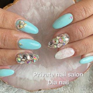 #春 #ブライダル #ワンカラー #ビジュー #Private nail salon Dia nail #ネイルブック