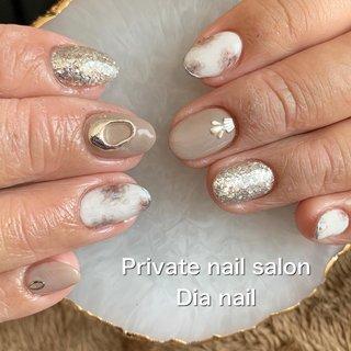 #春 #秋 #ワンカラー #ビジュー #ニュアンス #Private nail salon Dia nail #ネイルブック