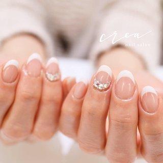 柔らかいホワイトフレンチ✨ ココイストの129リネンホワイトで 作ると可愛いよ☺️💓 . .  KOKOIST . . ✩✩————————————————————— 地爪の健康を第一に考え とことんお客様の爪と向き合います! . フォルムの美しさにとことんこだわった 丁寧な施術と、高い技術が人気のサロン◡̈*♡ ワンランク上の完成度を求める方に、選ばれています —————————————————————✩✩ . . [場所]長野県上田市中央6-16-5 落ち着いたオシャレな大人の空間です✩.*˚ . ▽▼▽▼▽▼▽▼▽▼▽▼▽▼▽▼▽▼▽ \ ネイルサロン クレアが選ばれる理由 / . ☑︎ 丁寧なケアで4週間以上のモチの良さ ☑︎ 引っかかり!浮きなし!ストレスフリー ☑︎ 特殊技法による仕上がりの美フォルム ☑︎ お爪が伸びても続く艶と綺麗なネイル ︎︎︎︎︎︎︎︎︎☑︎爪と皮膚に優しいアセトン不使用のオフ ☑︎本部認定講師による高技術な施術 ︎︎︎︎☑︎美しいケアとフォルムに自信あり . 〔ご予約・お問い合わせ〕 ☛ LINE ID / @nailcrea(@含む) ✉︎ nailcrea313@gmail.com DM 又は【メール】からも可能です。 24hいつでも受付中!お気軽にお問い合わせ下さい。 .  料金やメニューはネイルブックで詳しくご紹介しています◡̈*♡ ▶︎セミナー申込はインスタのプロフィールURLからアクセス可 ✩.*˚┈┈┈┈┈┈┈┈┈┈┈┈┈┈┈✩.*˚ ▫️開催セミナー 《深谷純子先生コラボ》 名古屋マニキュレーション 3月4日 ①② 3月19日 ③④ 5月21日 ⑤⑥ 6月12日 ⑦⑧ . 《ココイスト》 ❮上田開催❯ 3月5日18時~ベーシック 3月25日18時~スカルプチュア 4月3日18時~グラデーション 5月7日15時~デザイン 5月25日9時~チップオーバーレイ 5月25日13時~フィルイン1st . ❮東京開催❯ 3月30日 東京 グラデーション、フィルイン1st 4月9日 東京 スカルプ、チップオーバーレイ . 《大阪マニキュレーション》 5月20日 ①② 6月11日 ③④ 7月1日 ⑤⑥ 7月22日 ⑦⑧ . 《セルフ限定1dayセミナー》 3月1日 東京 6月13日 名古屋 7月2日 大阪 ✩.*˚┈┈┈┈┈┈┈┈┈┈┈┈┈┈┈✩.*˚ . #KOKOIST #kokoist #ココイスト #ココイストマスターエデュケーター #ココイストユーザーと繋がりたい #ココイストディプロマセミナー開催 #本部認定講師 #本部認定講師小川智恵 #ココイスト導入サロン長野 #ココイストセミナー #ココイスト大好き #フィルイン #フィルインセミナー開催 #マニキュレーションシステムで習えます #オフィスネイルが得意なサロン #ブライダルネイルが得意なサロン #シンプルネイル #ネイルケアに自信あり#スマートレーサ導入サロン #crea小川智恵 #ネイルブック