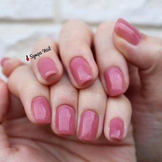 simple𓂃 ・ #maogelプレミアムカラー で202を挟むサンド塗り。ピンクに深みが増しました。 マオジェルは色を重ねてオリジナルカラーを作って楽しめます。  ベースはパラジェルで自爪削らず、エンドレスフィルによりアセトン不使用。自爪に優しい施術。  毎回恒例で薬指をバキッと鳴らしてしまい、心臓止まる程ビックリしております😂  いつも有難うございます。 ・ ・ ・ ⚜︎ ⚜︎《HP》https://sympa-nail.amebaownd.com/ ⚜︎ ⚜︎ ・ ・ ・ #nails #naildesign #ネイルデザイン #黒川郡大和町 #泉区ネイルサロン #杜の丘 #杜の橋 #뷰티스타그램  #네일스타그램 #富谷 #fashion #吉岡 #beautiful #おしゃれさんと繋がりたい #l4l #大和ネイル #富谷ネイル #成田 #明石台#nailstagram #パラジェル登録サロン仙台 #美甲#followme#sympanail #maogel導入サロン宮城#パーフェクションマニキュア#フィルイン導入サロン#ワンカラーネイル#pinknails #オールシーズン #ハンド #シンプル #ワンカラー #ピンク #ジェル #お客様 #Sympa nail #ネイルブック