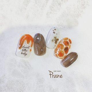 honey nail 🐝  #はちみつネイル #honeynails #春 #ハンド #デコ #木目調 #ミディアム #オレンジ #ブラウン #ゴールド #スカルプチュア #ネイルチップ #Mii #ネイルブック