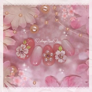 #桜ネイル#春ネイル2020 #ゆめかわネイル #ハンド #フラワー #ホワイト #ベージュ #ピンク #AngeNail #ネイルブック