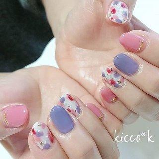 お持ち込みデザインを アレンジ😉  2回以上ご来店のお客様には 誕生日月にスパをプレゼント させていただいております✨  白いお肌がより白く…お肌ふっくら💓 喜んでいただけました✨  #pinknails #purple ##nail #nails #nailsalon #instanails #nailswag #nailstagram #nailart #naildesign #gelnails #manicurist #ハンドスパ #ネイル #ネイルデザイン #大人ネイル #ジェルネイル #ネイルサロン #八潮市 #八潮ネイル #八潮ネイルサロン#足立区ネイルサロン #北千住ネイルサロン #六町ネイル #三郷ネイル #草加ネイル #自宅サロン #kicco_k #オールシーズン #デート #女子会 #ハンド #ワンカラー #シェル #ショート #ホワイト #ピンク #パープル #ジェル #お客様 #kicco_k.nail #ネイルブック