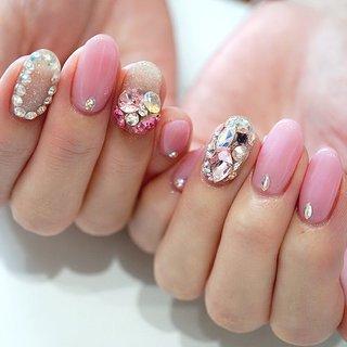 #ビジューネイル#ピンクネイル#キラキラ #ange nail salon #ネイルブック