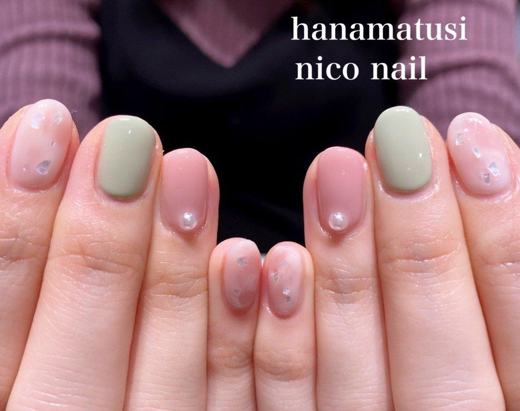 優しい色合いのパステルカラーを使ったネイルです。💕  春になるとパステルカラーが気になりますね。   あまりポップになりすぎても恥ずかしいので、  大人に似合う落ち着きもプラスしました。☘   オフホワイトとピンクのニュアンスネイルも可愛いですね!  ポイントのグリーンが素敵です。💕      #パステルカラーネイル #ニュアンスネイル #浜松市ネイル #ピンクネイル #上品ネイル #大人ネイル #春ネイル #浜松市ネイルサロン #浜松市自宅ネイルサロン #浜松市ネイルサロンニコネイル #浜松市中区ネイルサロン #浜松市中区ネイルサロンニコネイル #浜松市中区ネイルサロン #浜松市ブライダルネイル #浜松市 #浜松ネイルサロン #春 #ハンド #ニュアンス #ミディアム #ピンク #ターコイズ #ジェル #お客様 #niconail #ネイルブック