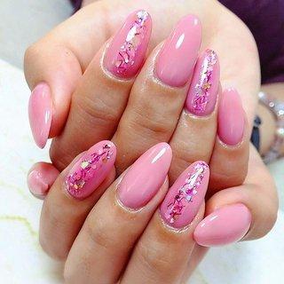 ". . ""Cherry blossom pink Nails..."" . . #luxurynailvoila  #makihorita #nailsalon  #newnails  #pinknails  #springnails  #cherryblossomcolor  #nails  #naildesign  #nailart  #cutenails  #prettynails  #ラグジュアリーネイルヴォアラ #小岩ネイルサロン  #小岩ネイル  #桜ネイル  #春ネイル  #ピンクネイル  #シンプルネイル  #大人可愛いネイル  #上品ネイル  #ジェルネイル  #オフィスネイル  #ネイルコーデ  #ファッションネイル  #オシャレネイル  #네일  #네일아트 #젤네일 #指彩 #Nailist maki #ネイルブック"