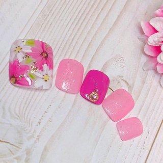 3月末まで シンプルジェル 2,999円(オフ込み)❣️  3月定額デザイン のサンプルです  #フラワー #春ネイル #北九州ネイルサロン #リバーウォーク #福岡ネイルサロン #ネイルスクール #ラテネイル #lattenail #さくら #フット #春 #オールシーズン #フット #lattenail_kokura #ネイルブック
